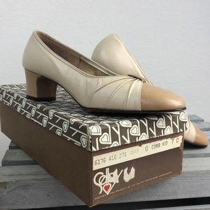 Vintage Selby Leather Spectator Pumps Size 7 C